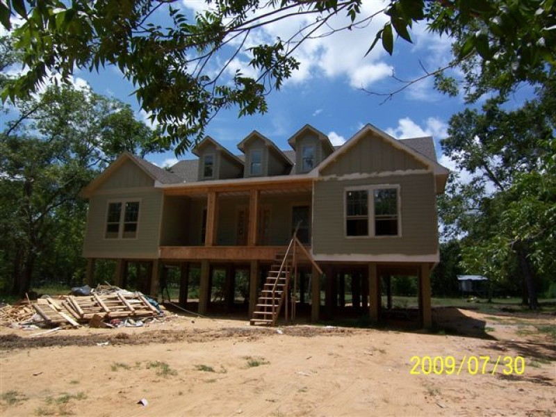 Rustic star custom homes m j construction for Pier and beam homes